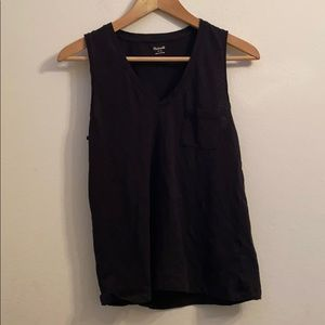 Madewell solid black tank top with pocket